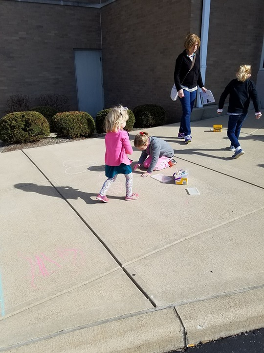 Today, children got to draw with chalk at the library! The sun was out and the weather was perfect. ...
