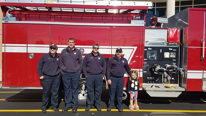 Today the Seymour Fire Department visited the library to give kids a tour of one of their fire truck...